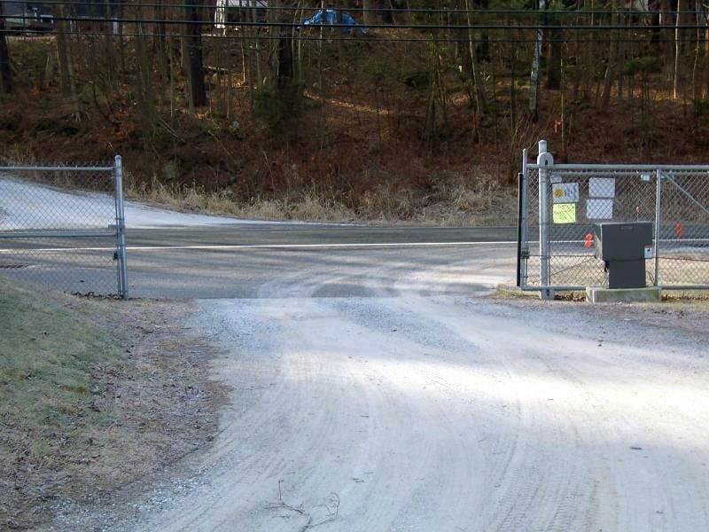 Automatic Locking Gate
